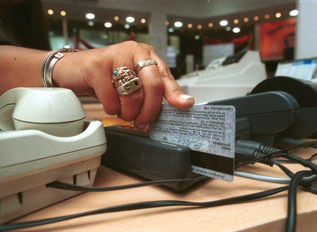 No se podrá cobrar un interés que supere el 25% de las tasas aplicadas a préstamos personales.