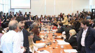 Intenso. El plenario de comisiones que sesionó durante las últimas semanas tuvo momentos de duras discusiones.