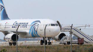 El avión se estrelló con 66 pasajeros a bordo.