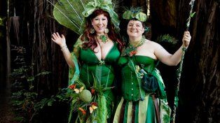 Elizabeth Stephens y Annie Sprinkle se casaron en 2008 con la madre tierra.