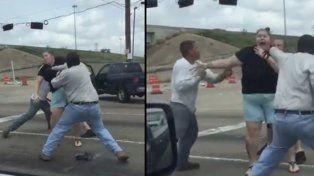 Una pelea por una discusión de tránsito se vuelve viral