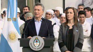 Mauricio Macri anunció el veto a la denominada ley antidespidos hoy en Cresta Roja junto a la gobernadora María Eugenia Vidal.