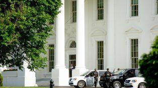 Un tiroteo en un control de acceso llevó al cierre temporal de la Casa Blanca