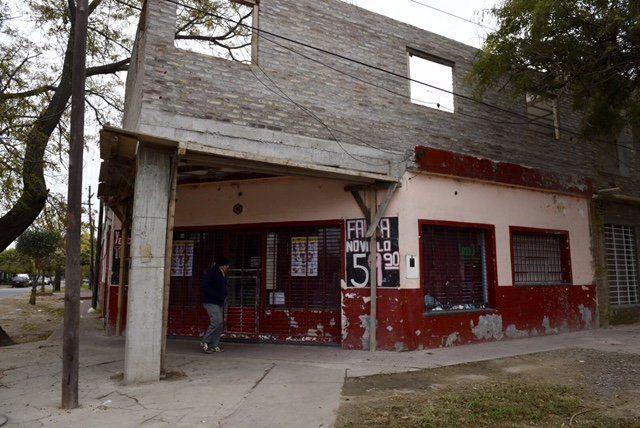 La carnicería donde se produjo el violento asalto.