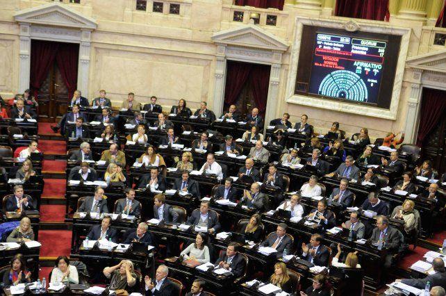 Empleo. Diputados votó el jueves la ley antidespidos. Macri la vetó el viernes.