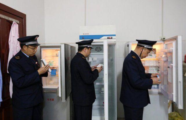 Operativo nacional. Cientos de policías investigaron la cadena de ventas en 22 provincias del gigante asiático. Hay 135 detenidos.