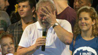 llanto. Lula da Silva durante una acto del PT en favor de Dilma
