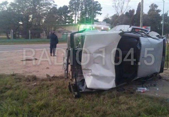 Dos adolescentes murieron al ser atropellados por un automóvil en una parada de ómnibus