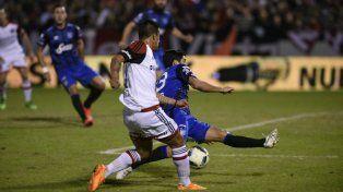 Newells cerró el torneo con un sufrido y agónico triunfo frente a Atlético Tucumán por 2-1