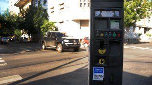 contrato. El proyecto de ampliar el sistema de estacionamiento medido llega al Concejo al mismo tiempo que se debate la prórroga de la concesión del servicio.