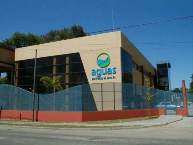 El Ente Regulador de Servicios Sanitario (Enress) aseguró que el agua que recibe barrio Cristalería no tiene niveles tóxicos de arsénico.