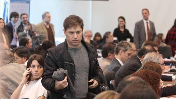 El exministro Kicillof fue agredido cuando llegaba al colegio de su hijo