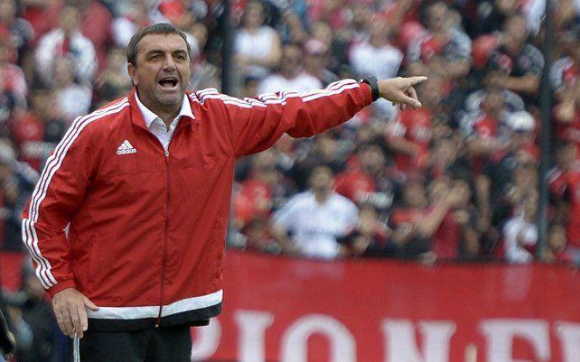Diego Osella cosechó apenas tres triunfos en los 13 partidos que dirigió a Newells.