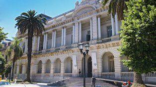 La Facultad de Derecho es una de las casas de altos estudios que dará clases con normalidad por ahora.