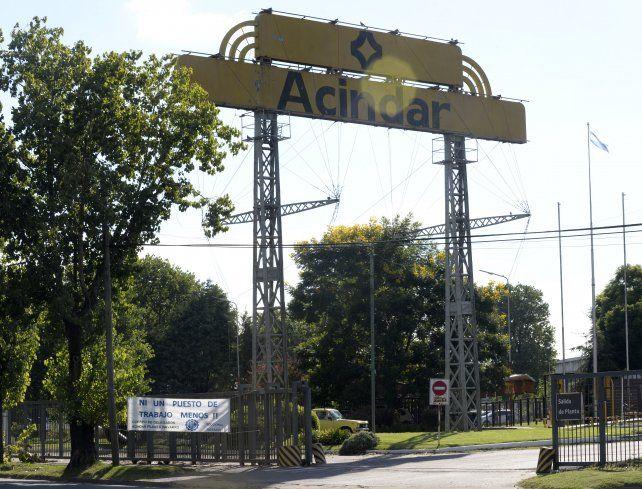 Otro frente que debe atender el sindicato metalúrgico es el del achicamiento de la planta local de Acindar