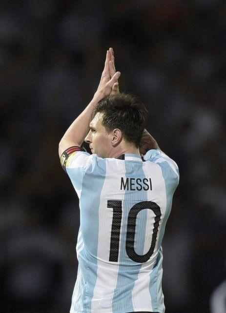 Con la albiceleste. El capitán Messi dice que tiene una deuda con la selección.