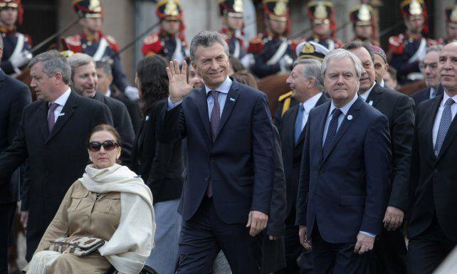 El presidente Macri junto a la vicepresidenta llegan a la Catedral.