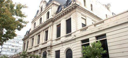 La Municipalidad busca mudar la Secretaría de Cultura a un edificio militar