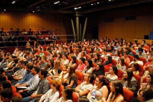 Jornada. Estudiantes de todo el país se dieron cita en Rosario