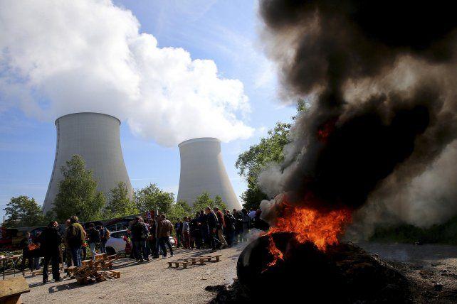 Movilizaciones. Las 19 centrales atómicas se hallan tomadas por sus trabajadores