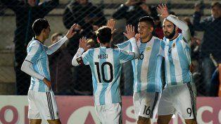 Higuaín convirtió el único gol del partido frente a Honduras en San Juan.