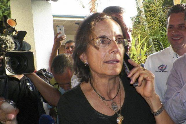 LIBRE. Salud Hernández habla con los medios