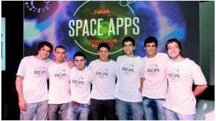 El grupo de estudiantes rosarinos seleccionados en el concurso.