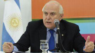 El gobernador entregó tres millones de pesos al Banco de Alimentos de Rosario