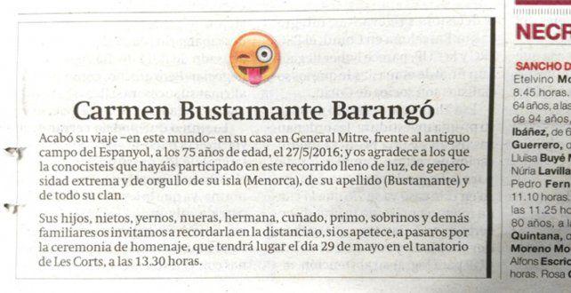 El sonriente emoticón que encabezó el aviso fúnebre de Carmen Bustamante.