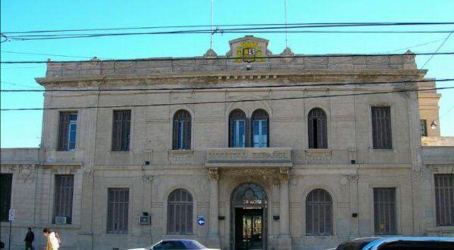 La nena de 20 meses permanece internada en el Hospital Español.