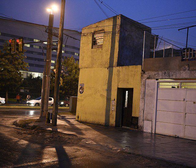 Denuncia. Los vecinos dieron cuenta de la existencia del hospedaje que está frente a City Center y al primer destacamento de la policía comunitaria.