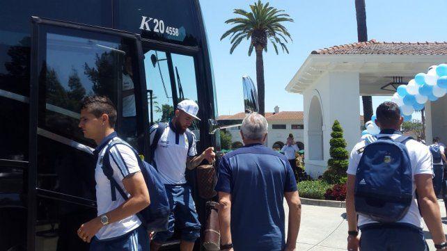 El seleccionado argentino arribó a Estados Unidos para la Copa América Centenario.