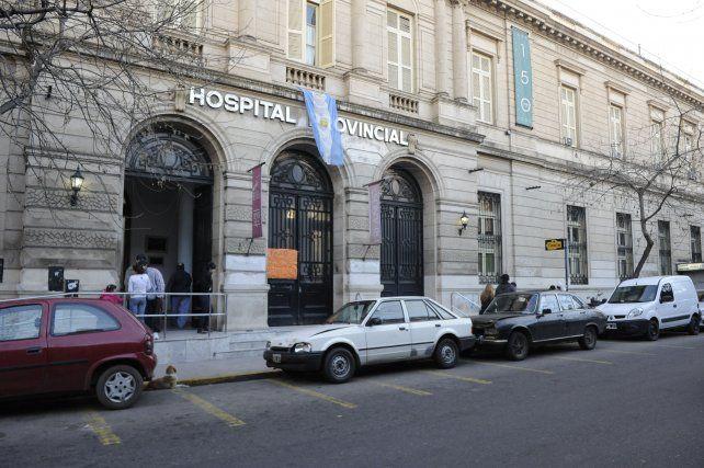 Por la precariedad laboral, los profesionales de la salud paran mañana durante 24 horas