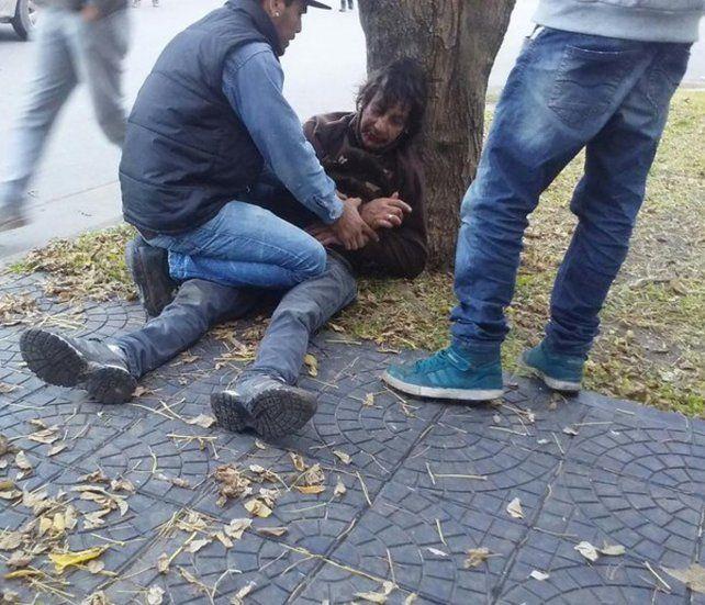 El hombre que protagonizó el incidente. (imagen de Twitter: @ElAndiFernandez)
