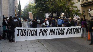 En tribunales. Amigos de Matías Ratari