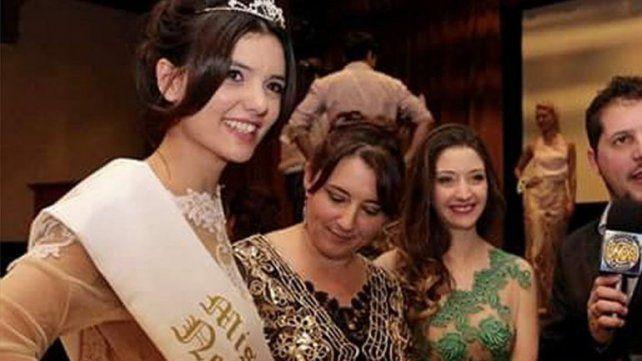 tamara fue elegida la más linda y después le sacaron el título.