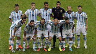 La selección se prepara para debutar el próximo lunes ante Chile.