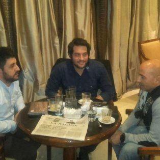 Roberto Mensi, Andres Selliez y Jorge Sampaoli, anoche reunidos en un hotel porteño.
