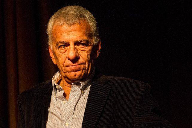 El expresidente de Newells Guillermo Lorente sufrió un desmayo hoy en el Coloso.