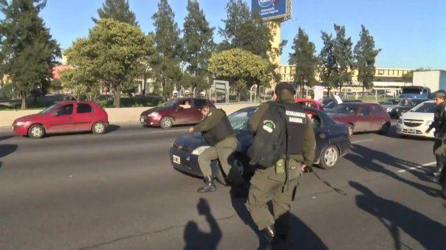 La imagen del gendarme carancho