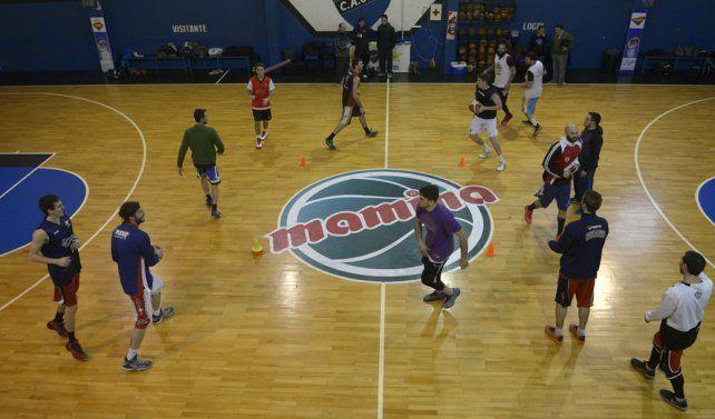 A puro básquet. El seleccionado entrenó fuerte de cara al torneo que se jugará a partir de pasado mañana.