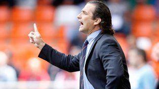 El técnico. El ex canalla Juan Antonio Pizzi recibió críticas tras la derrota de Chile ante Jamaica en un amistoso.