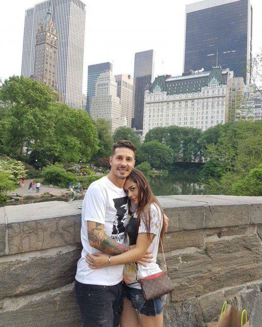 Jonathan Fabbro le propuso casamiento a Larissa Riquelme con una sorpresa en Nueva York