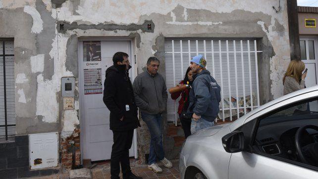 Irrumpieron armados en una casa de zona oeste y se llevaron gran cantidad de dinero y electrodomésticos