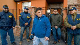 El fiscal Guillermo Marijuán se retira de la vivienda de Alcorta al 700