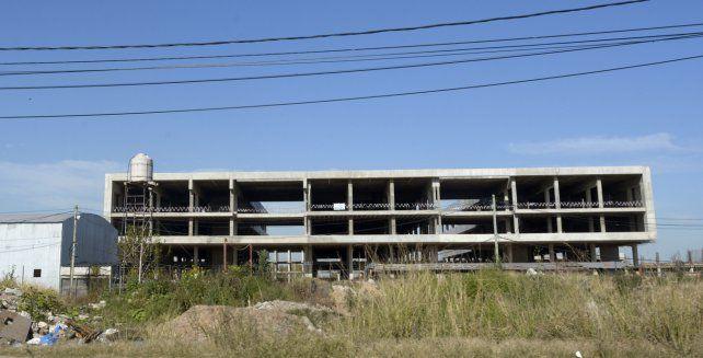 Viene lento. El Hospital Regional Sur se está construyendo en San Martín y Circunvalación