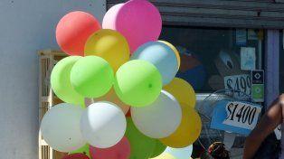 Dañinos. Aseguran que un globo inflado con helio puede recorrer hasta 3 mil kilómetros y causar daños ambientales.