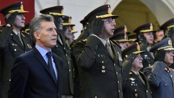 Macri dispuso concederle a las Fuerzas Armadas mayores atribuciones.