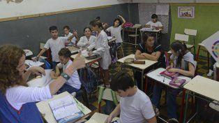 Por ahora no cerrarán escuelas. Los casos de meningitis fueron aislados.