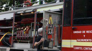 Los bomberos voluntarios reclamaron mayores recursos para sostener la actividad.